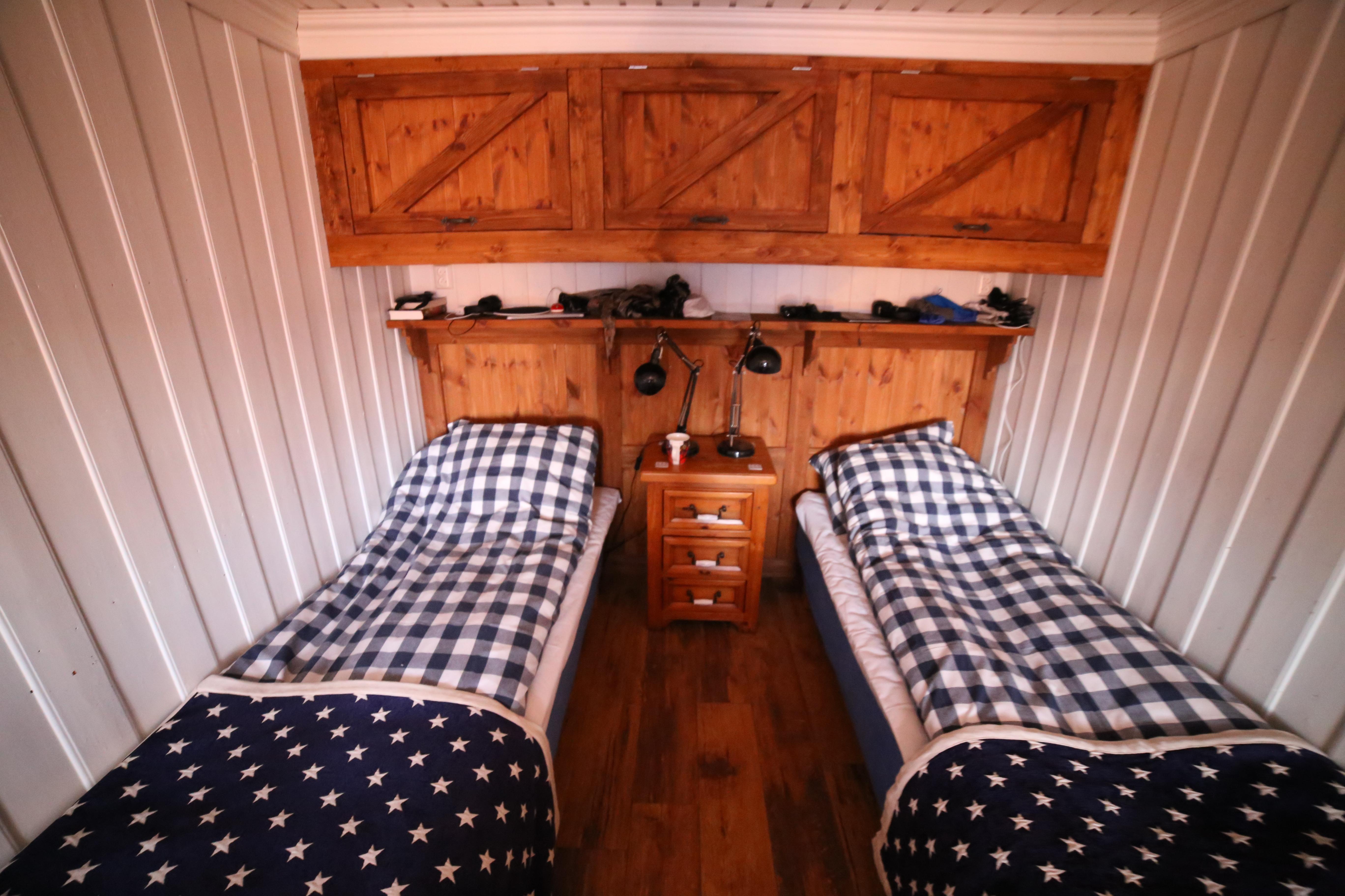 Twin Bed Studio Bäver