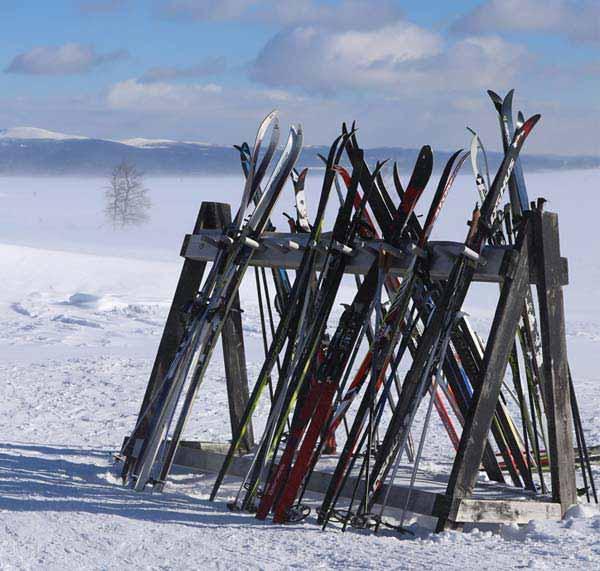 skarvruet hotel tänndalen funäsdalen funäsjällen härjedalen jämtland activitiesmalmba݈ck cross country ski